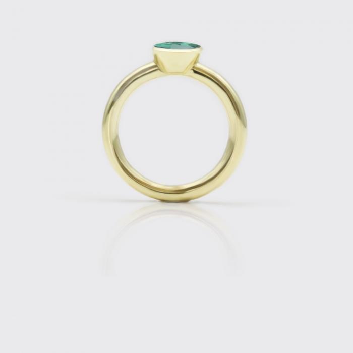 Ring - dunkelgrüner Turmalin Solitaire