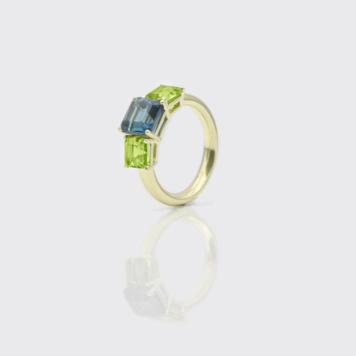 Ring - hellgrüner Turmalin Solitaire